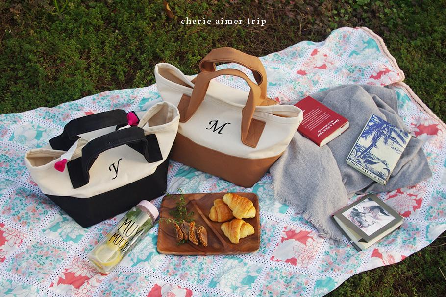 おしゃれピクニックにも合う帆布トートバッグ